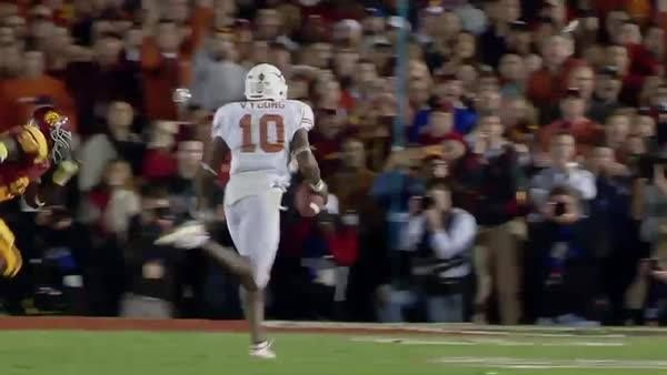 """It's gotta be the greatest championship performance of all time in college football...""  11 years ago today: Texas Football. USC Trojans. Vince Young... the 2006 Rose Bowl."
