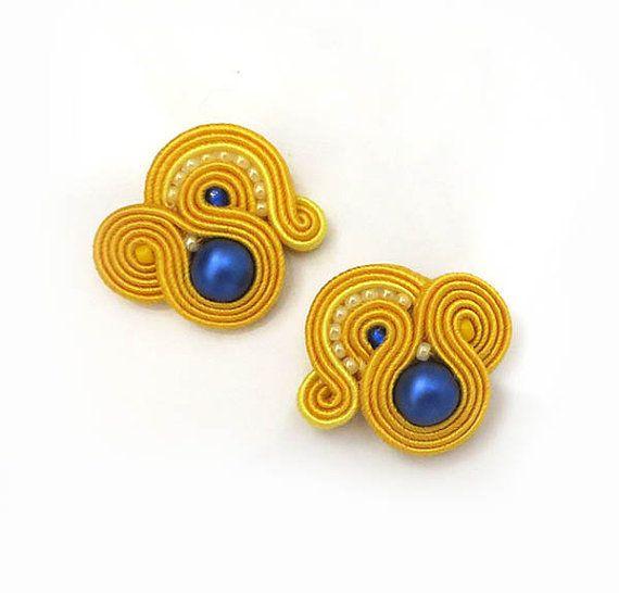 Regalo di Natale di piccoli orecchini giallo royal blu Orecchini Soutache Orecchini soutache porta gioielli colorati sparkle borchie colorate
