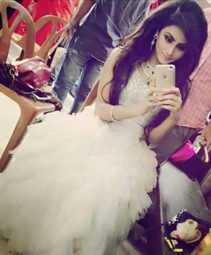 Modern arabic dress - 10 Best Images About Stylish Dpz On Pinterest Pakistani Wedding