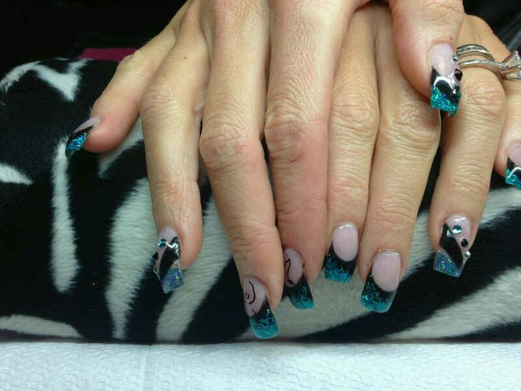 Kelly Somani's nails for the CNTC.   In love with this set of nails!!!!