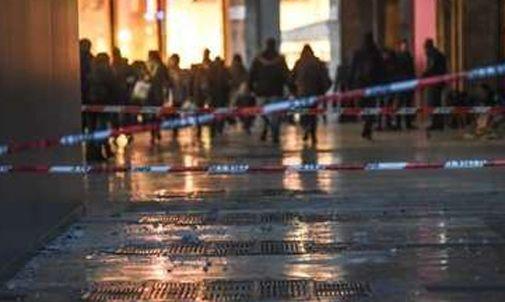 Roma: allarme bomba alla fermata Colosseo, ferma la linea B della metro - http://www.sostenitori.info/roma-allarme-bomba-alla-fermata-colosseo-ferma-la-linea-b-della-metro/255683