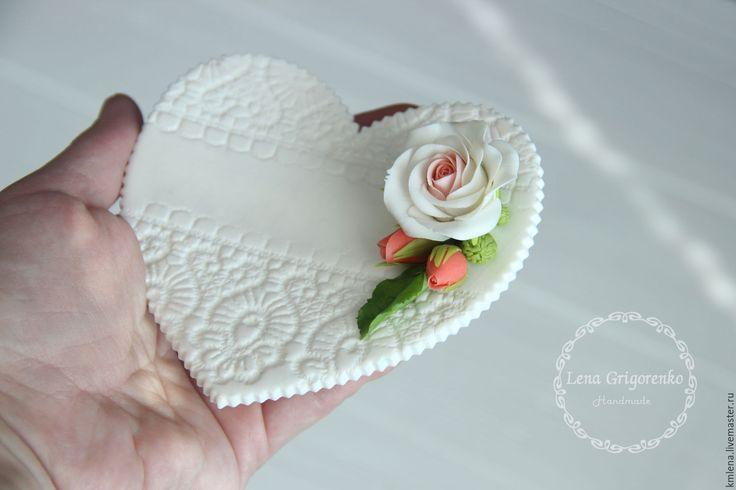 Porcelain plate for wedding rings / Купить Тарелочка для обручальных колец - белый, тарелочка для колец, тарелочка для загса, свадебная флористика, для фотосессии