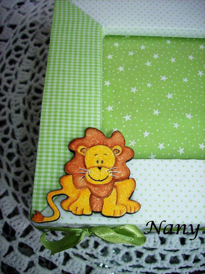 Detalhe do leãozinho.