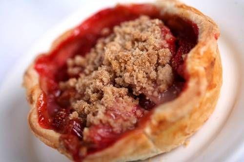 Strawberry Rhubarb Pie Recipe served at Flos V8 Cafe in Disneyland