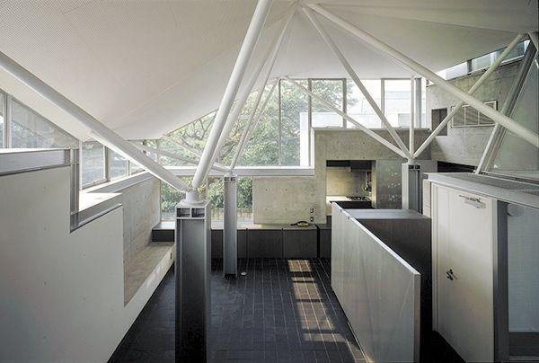"Prize of AIJ for Design 1990 ""House F"", Kazunari Sakamoto, Tokyo Institute of Technology"