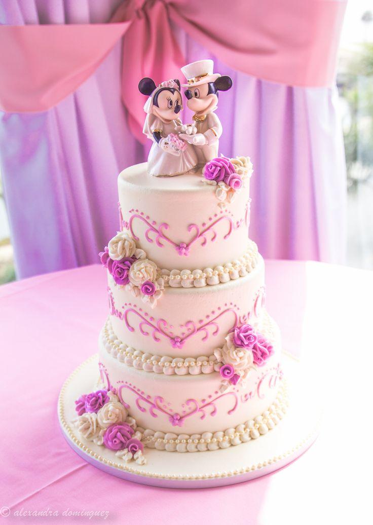 Tarta de cumple rosa y blanca con Mickey & Minnie Mouse