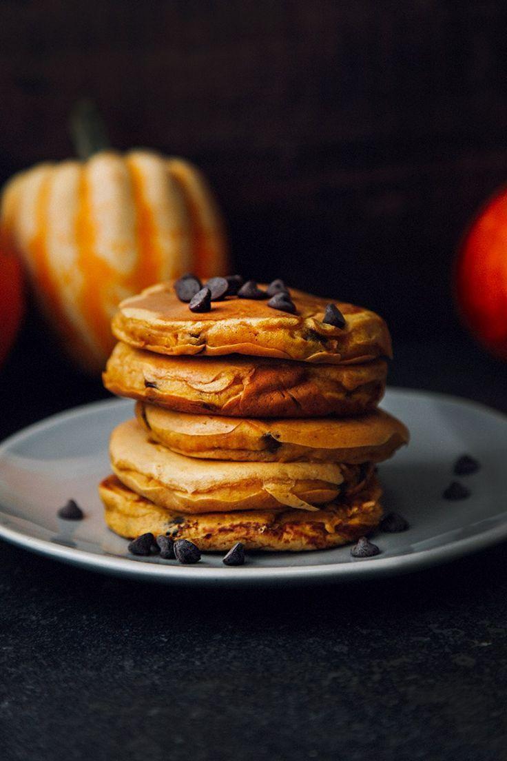 Fluffy Pumpkin Chocolate Chip Pancakes Vegan