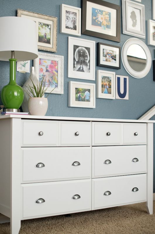 Styling a New Dresser and gallery Wall | @sauderusaCreek Dressers, Decor Ideas, House Ideas, Living Room, Gallery Walls, Room Ideas, Wall Arrangements, Wall Ideas, Art Walls