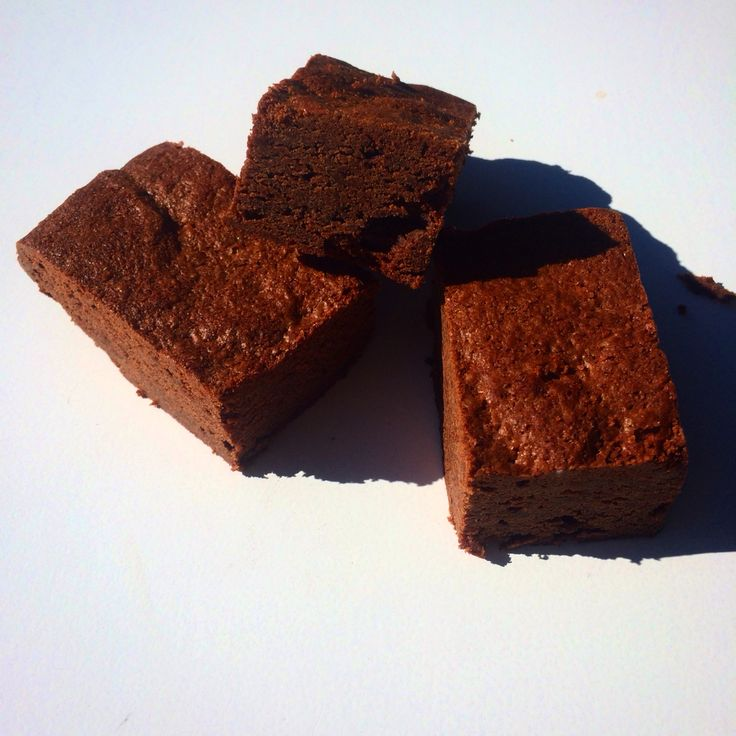 $2 Decadent rich double chocolate brownies, a gorgeous dense middle that will compliment any coffee. A real mouth fill of rich gooey chocolate.  $2 each, at the Byron baby shop in Byron bay #brownies #cake #chocolate #coffee #foodgram #sweets #sweettooth #cafe #tea #ilovecoffee #ilovefood #smallbusiness #hotchocolate #lovebyronbay #childfriendly #crema #barista #byronbay #byronbabyshop @byronbabyshop www.byronbabyshop.com.au 2/1centennial circuit Byron bay