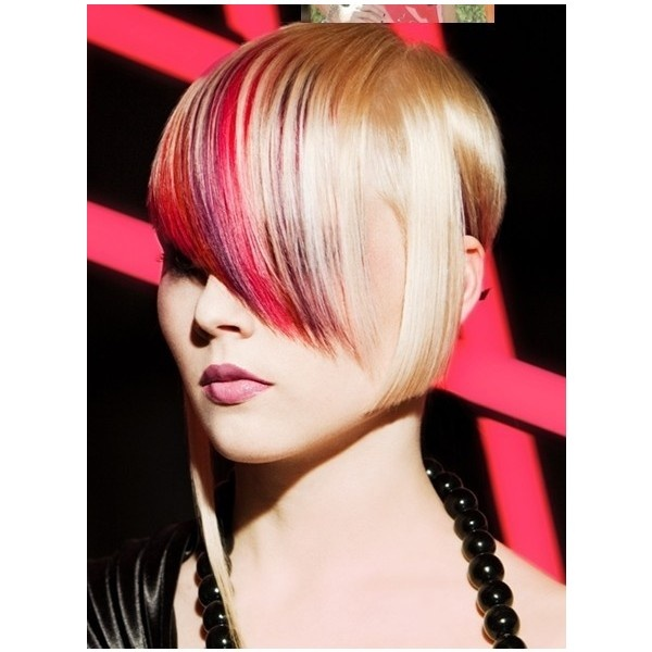 Haircuts For Triangular Faces: 10 Best Best Haircuts For An Inverted Triangle Face Or