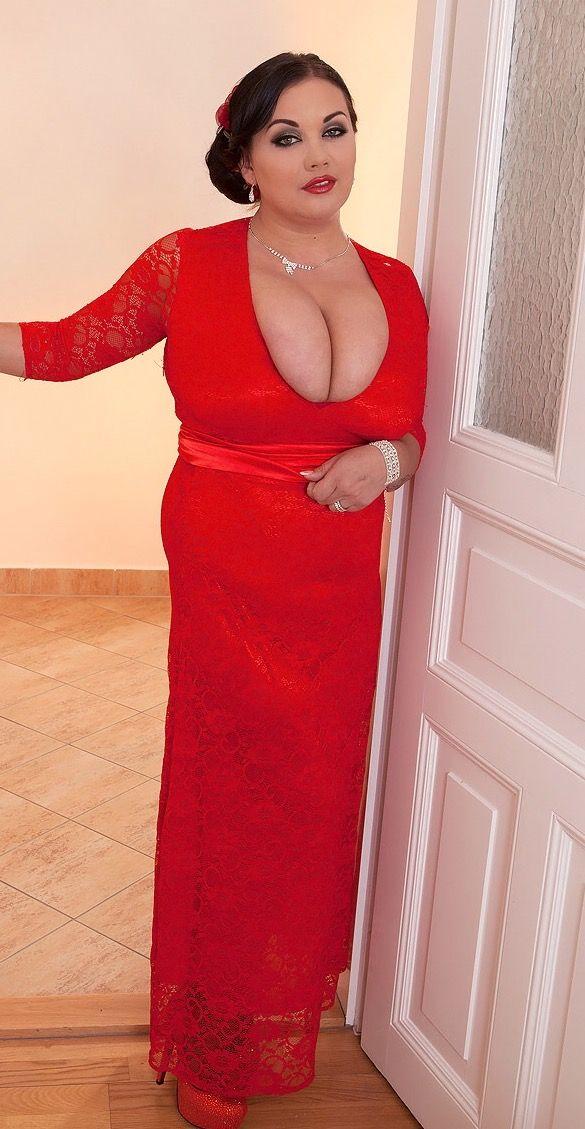 nila hot nude boobs