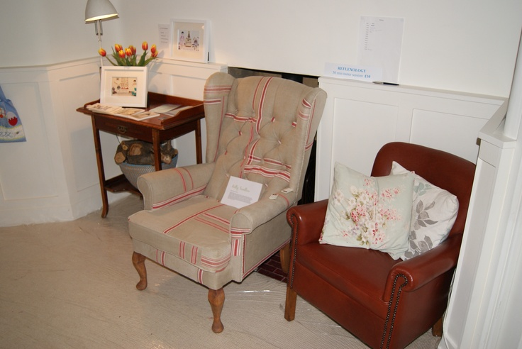 Mangle Cloth chair
