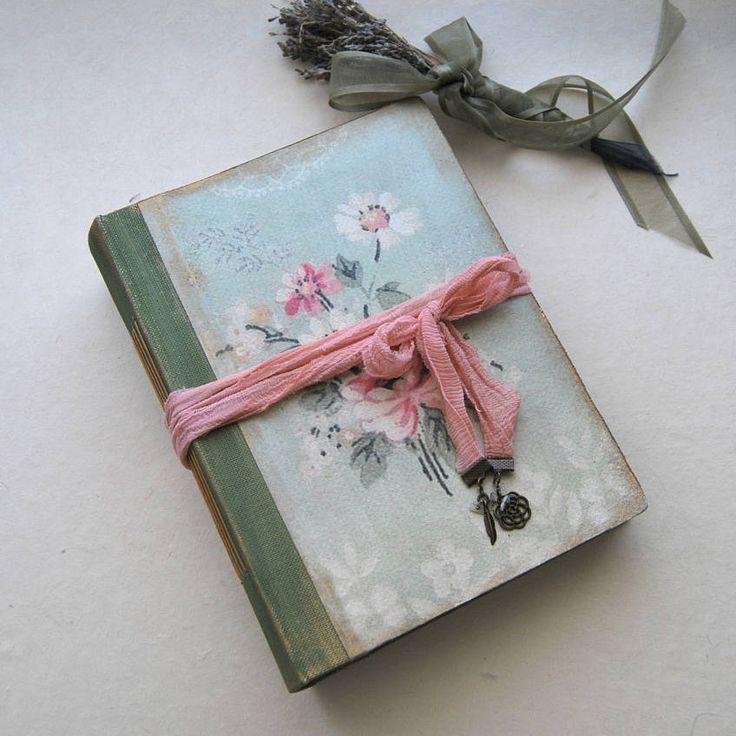 """Fairytale wedding guest book, romantic photo album, shabby chic wedding, scrapbook, art journal, rustic wedding, Baby Storybook . 8.5x6.5 """" de SevenMemoriesBookArt en Etsy"""