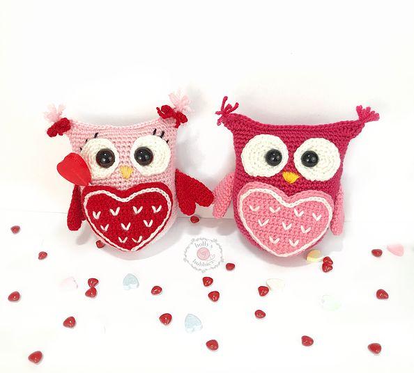 Kijk wat ik gevonden heb op Freubelweb.nl: een gratis haakpatroon van Holly's Hobbies om deze leuke uiltjes te maken voor Valentijnsdag bijvoorbeeld https://www.freubelweb.nl/freubel-zelf/gratis-haakpatroon-uiltje-3/