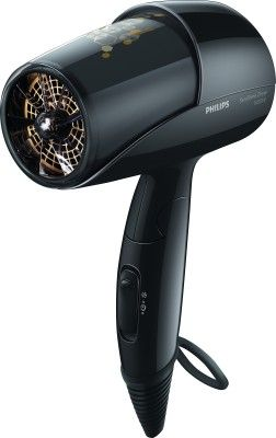 Philips Kerashine HP8216/00 Provide your hair with the optimum care using this Philips Kerashine HP8216/00 Hair Dryer. Designed with Ionic care and Even Heat Distribution technology, your hair is bound to be damage-free.Developed with the advanced EHD technology that employs a Keratin coated air outlet, this hair dryer ensures uniform distribution of heat preventing damages to your hair even at high temperatures.