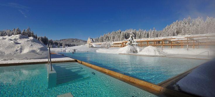 Pools im Winter - (via @Das Kranzbach) - www.daskranzbach.de