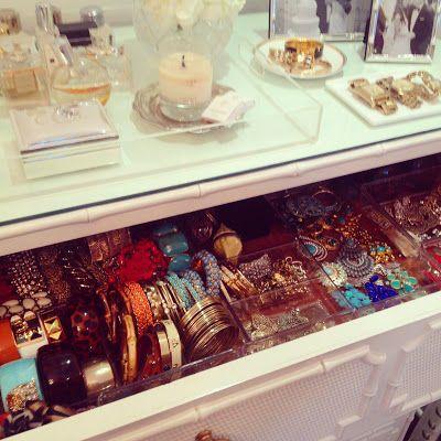 jewelry dresser