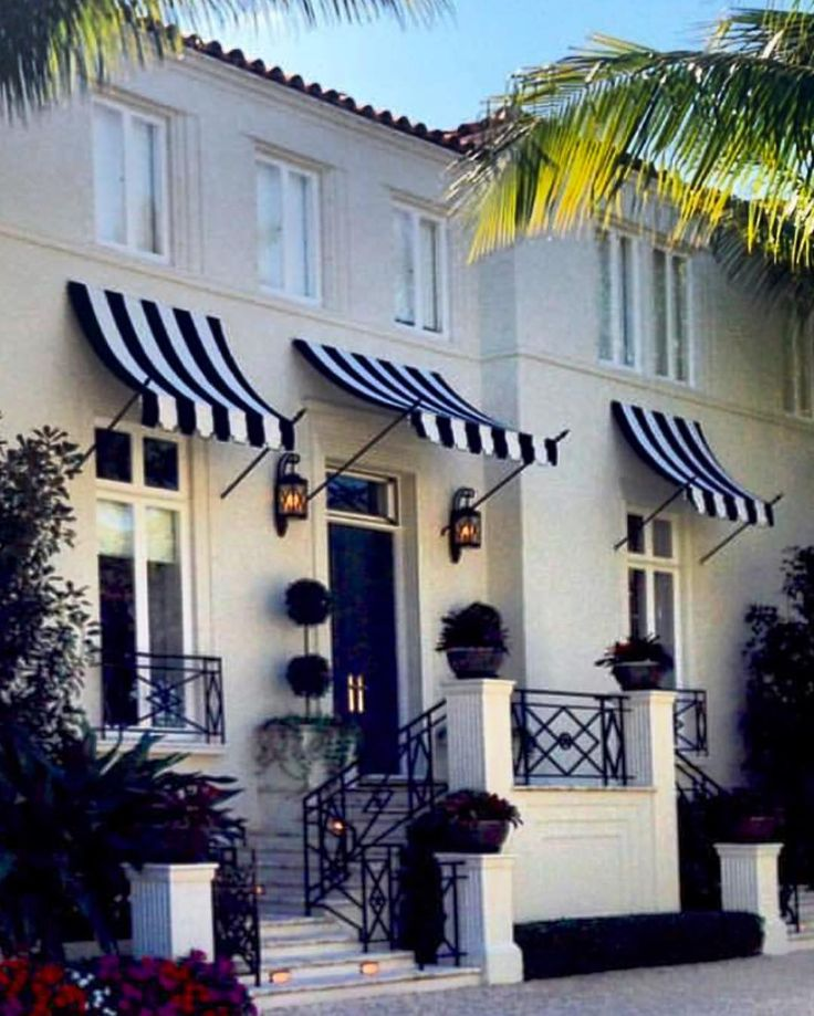 Palm Beach • St Tropez Style! @margotlar in 2019 | St ...