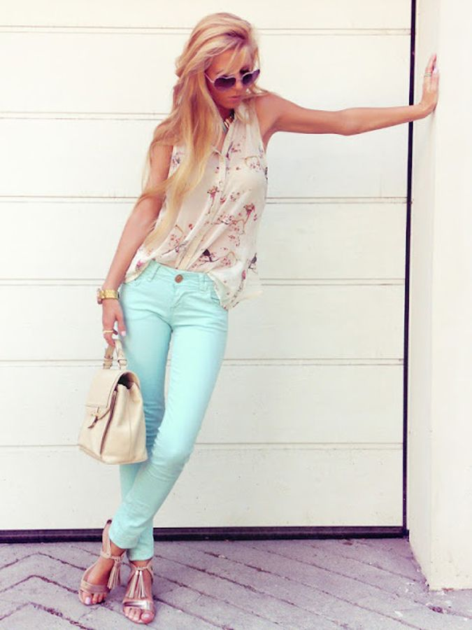Mint Fashions ;Love Them or Hate Them?  Love the cherry blossom top & Metallic sandals with the mint pants. I need to get me a pair