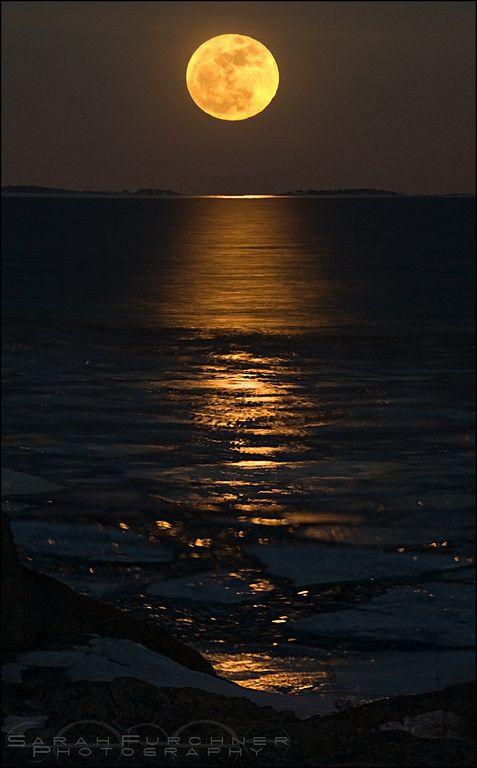 Super moon, Georgian bay - Lake Huron, one of the five Great Lakes of North America