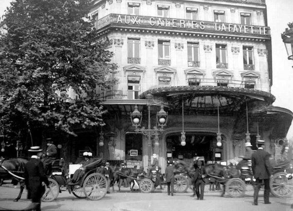 1900 - Les Galeries Lafayette, le grand magasin de Paris