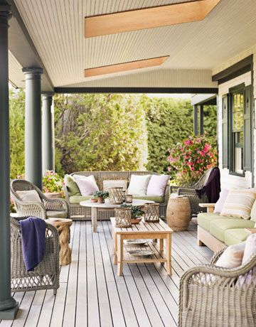 I love porches!  http://www.housebeautiful.com/decorating/house-pictures/maine-interior-design-cottage-0411?src=nl=hbu=nl_hbn_dot_non_032712_maine-interior-design=ist#slide-13