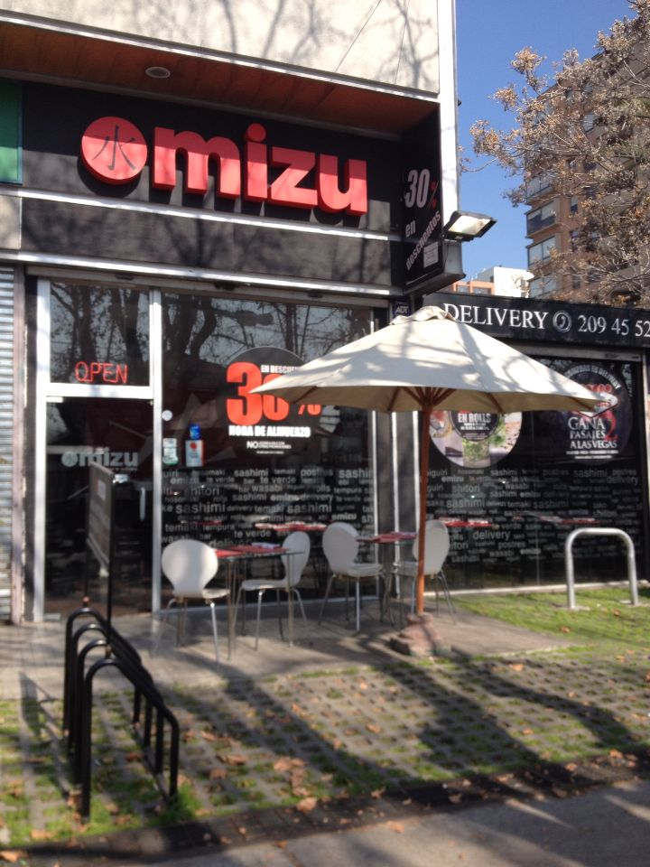 Mizu sushi bar! #ñuñoa #mizu #sushi #delivery #40%