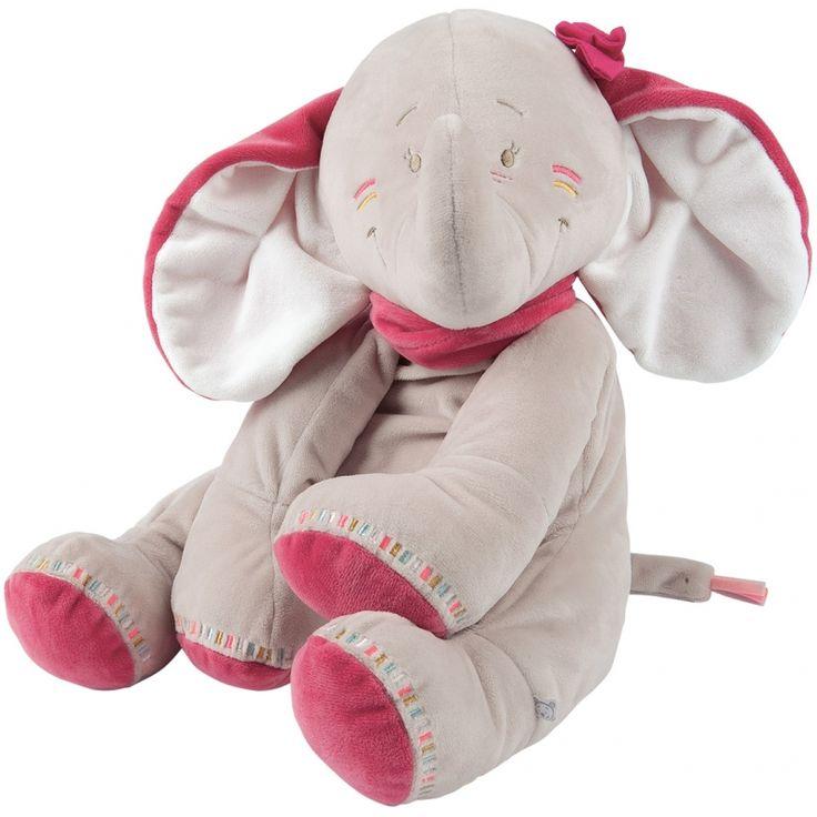La peluche géante Anna l'éléphantede la marque Noukie's sera un compagnon idéal.Du haut de ses 80 cm, Anna pourra surveiller et apporter de la douceur à votre enfant.