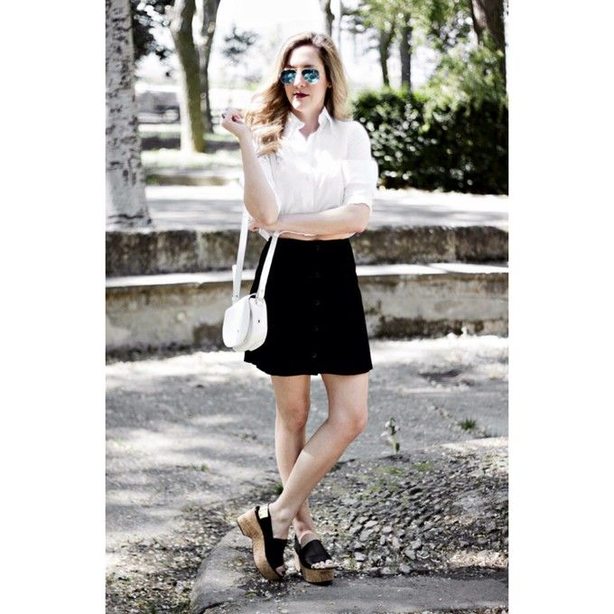 Top and Topshop Skirt and Furla Bag and Uterque Sandals