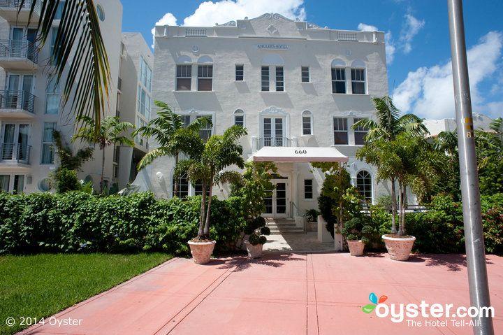 Entrance at the Angler's Miami South Beach, a Kimpton Hotel