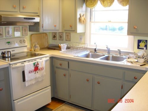 1000 Ideas About Small Country Kitchens On Pinterest