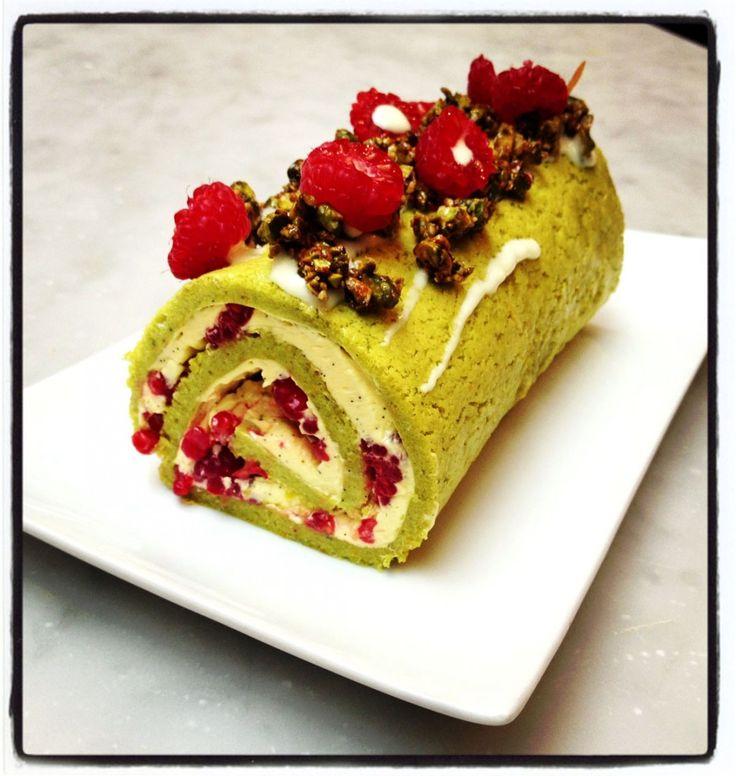 Un atelier cuisine avec Christophe Adam : bûche framboises pistaches fleur d'oranger - Ôdélices