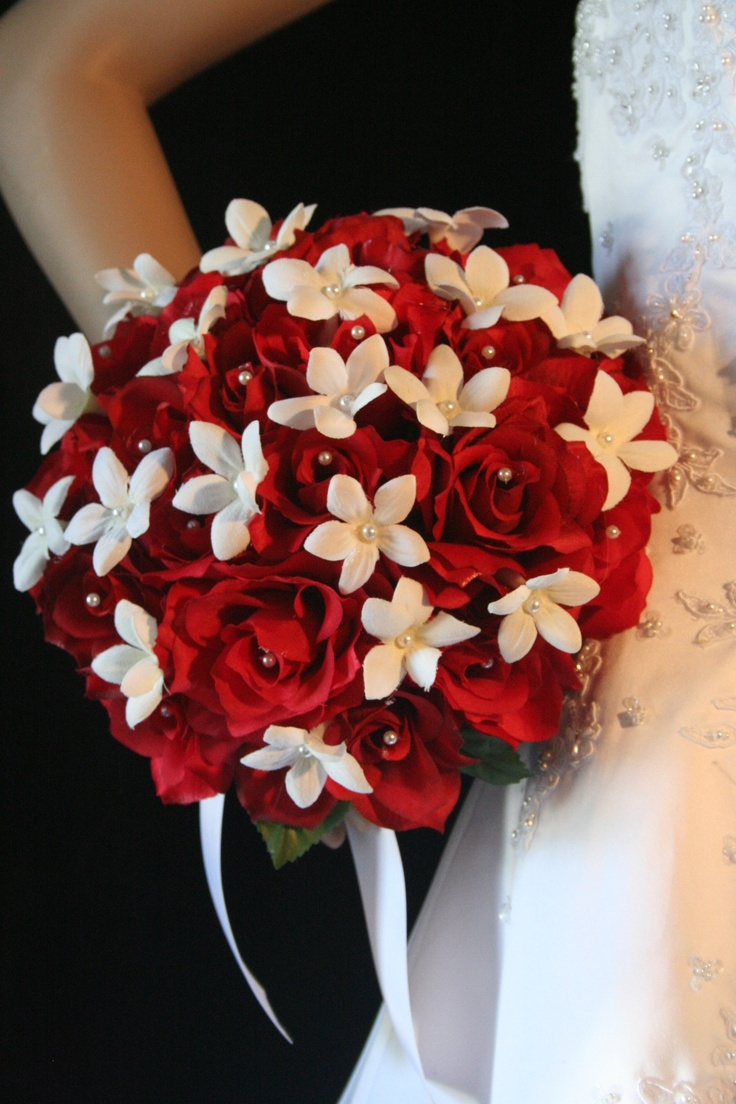 red and white bouquet for bridesmaids maybe...smaller.
