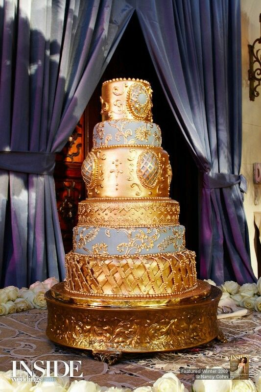 Gold Wedding Cake.