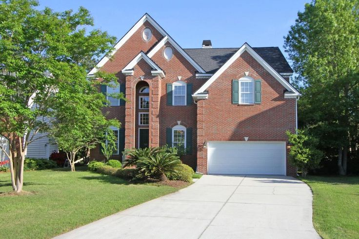 Belle Hall - MLS# 15010987 http://ift.tt/1QemxSx Last Update: Wed Apr 6th 2016 12:00 am   Provided courtesy of Dan Pape of Carolina One Real Estate $25000 Recent Price Reduction! Welcome home to 707 High Battery Circle! From the first time you pull into the driveway you will notice & appreciate the quiet cul-de-sac & lovely curb appeal that this home has to offer. 707 High Battery Circle is located in the highly sought after Battery Point subsection in Belle Hall Plantation. Upon entering…