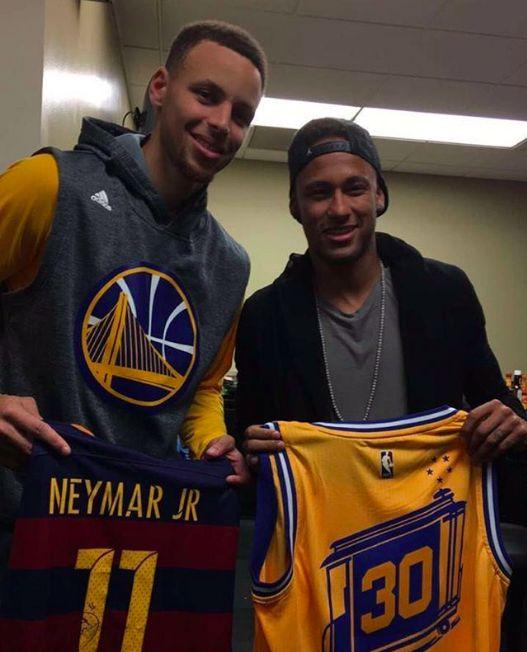 "ney-gifs: """"Neymar with Steph Curry!! "" """
