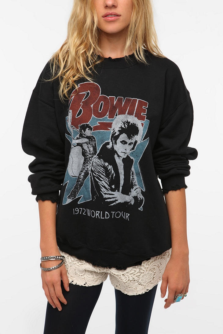 oMG OMG OMG just ordered. My David Bowie obsession is outta control! David Bowie Sweatshirt  #UrbanOutfitters