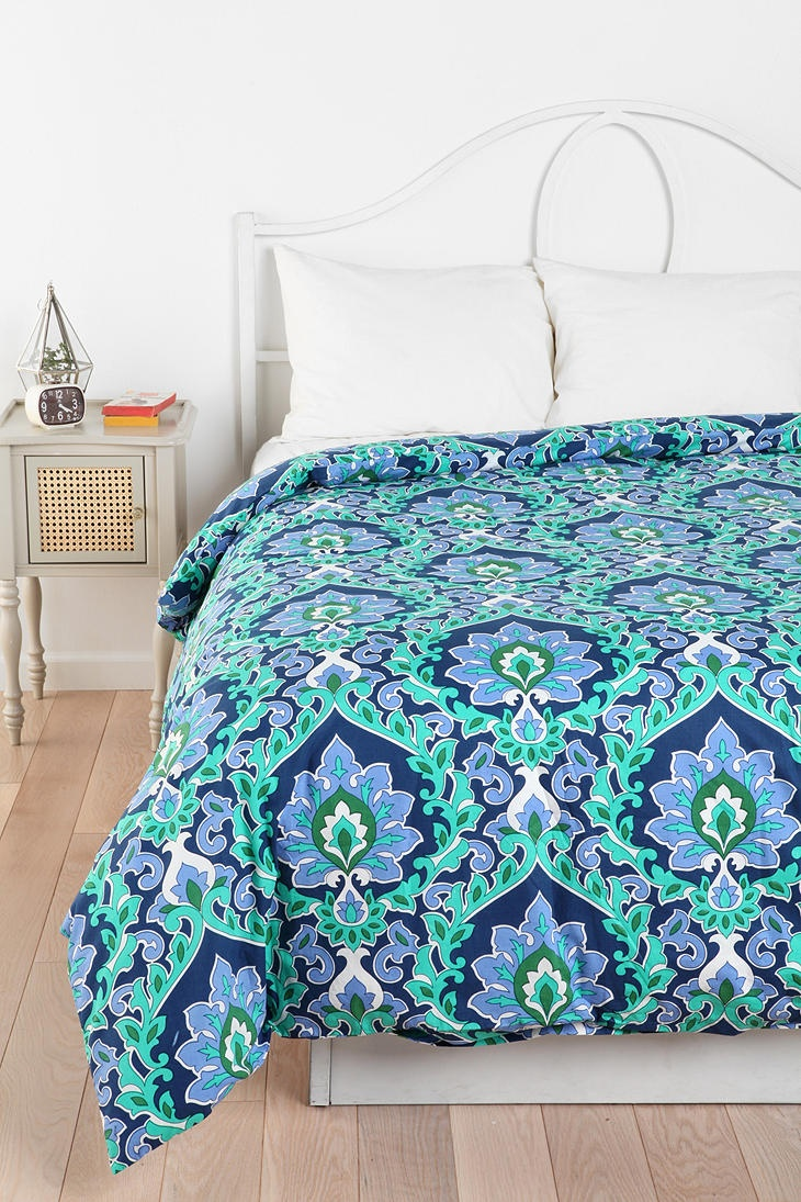 floral medallion duvet cover online only available in twin xl from urban outfitters