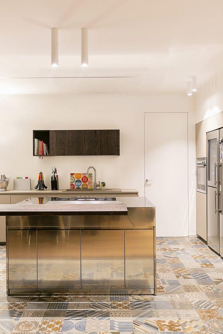 SUPER G&G - Floor tiles by Ceramiche #Mutina
