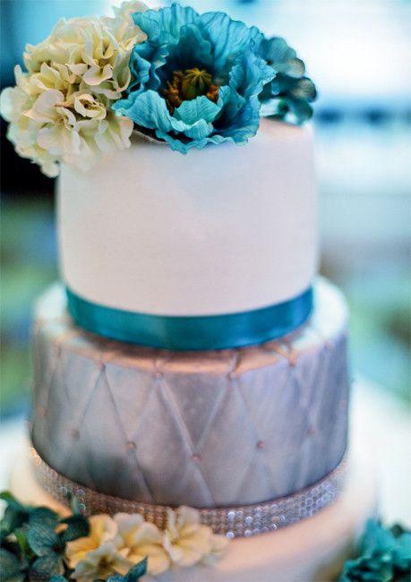 Серебряный свадебный торт фото