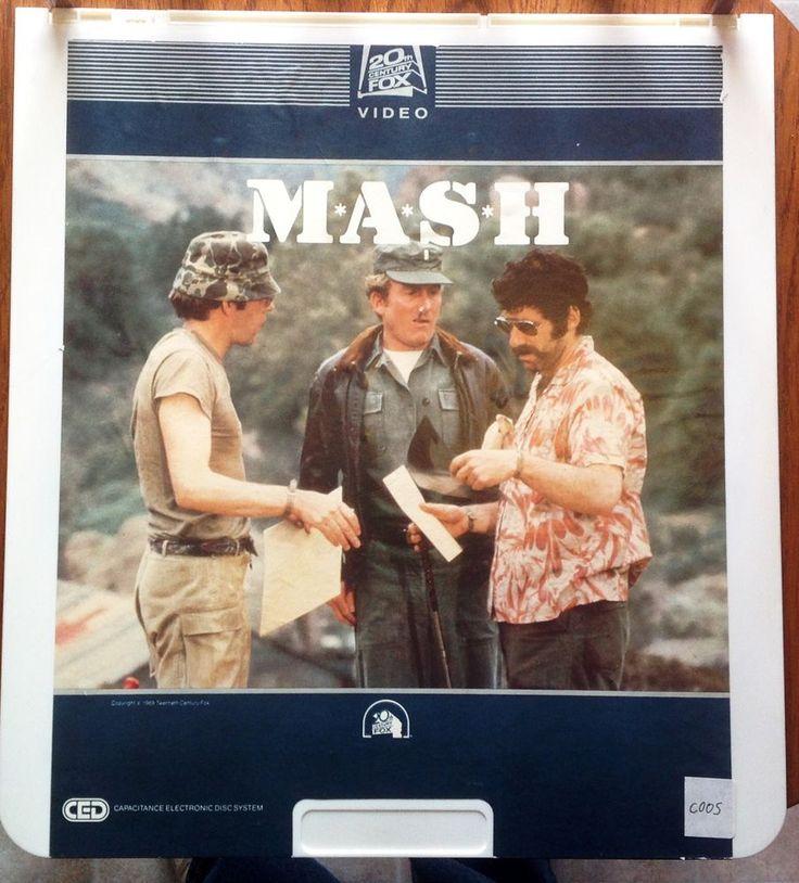 """MASH"" Vintage Video Disc CED 2 Discs Eliott Gould Director Robert Altman EUC"