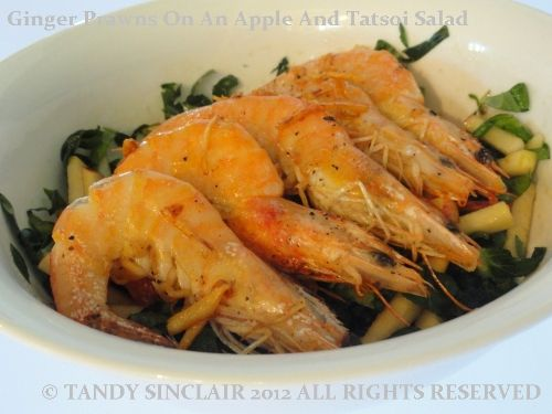 I love ginger and apple together, so crisp and refreshing. This is why I made ginger prawns on an apple salad using tatsoi leaves.