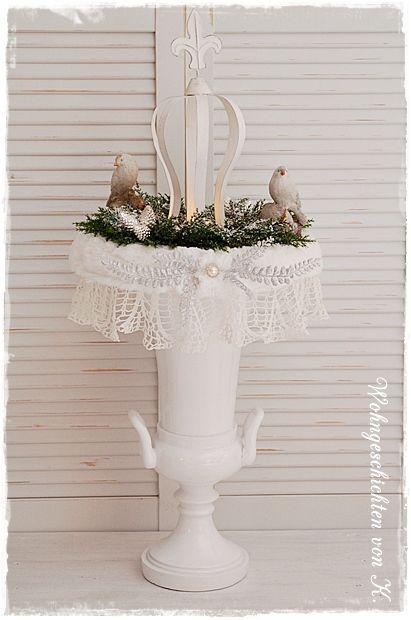 #Adventskranz #Weihnachtsdeko #Shabby http://de.dawanda.com/product/89669479-grosser-adventskranz-krone-shabby-chic