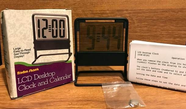Vintage Radio Shack LCD Desktop Clock with 2 LR-44 Button Cell Batteries Catalog # 63-729