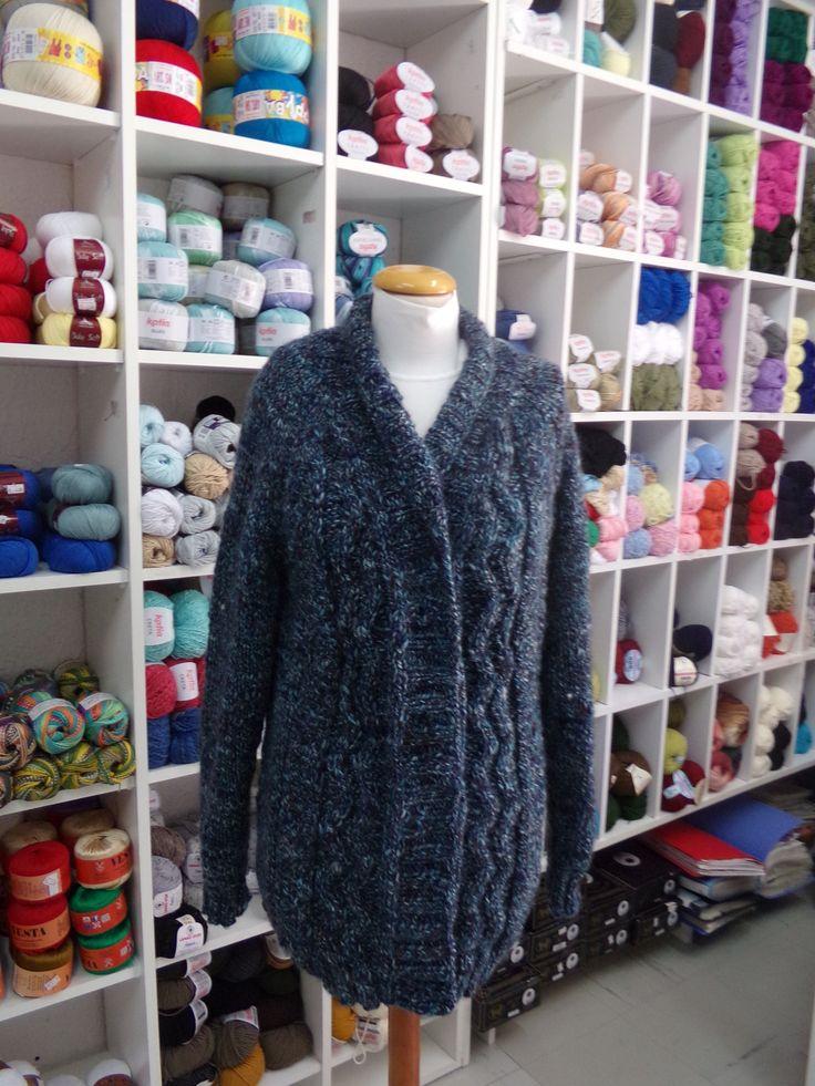 Wool cardigan with braid and smokin neck!