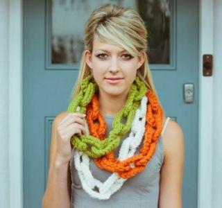 Jesamine Necklace | Vicki Brown Knit and Crochet Designs Free Crochet Pattern!