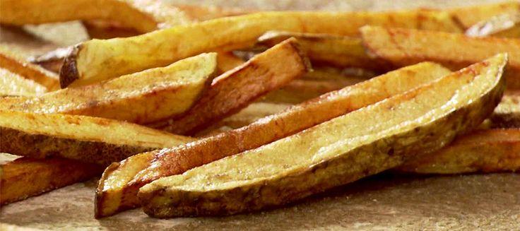 Celer obecně není zrovna oblíbená potravina. Co si ale takhle zkusit upéct celerové hranolky?