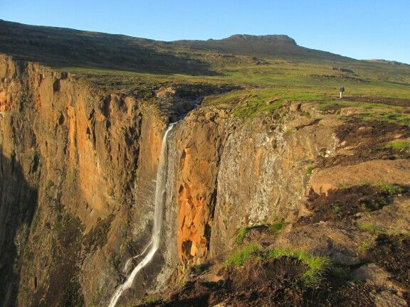 Good morning Photo taken on top of the Tugela Falls (Second highest waterfall in the world). #DrakesbergMountain   We are doing it again When: 23-28 October Cost: R2 325.00 per person  Www.masupatsela-adventures.weebly.com