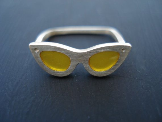 Classic Style Sunglasses Ring Summer Sterling by LePetitMagique, €17.00