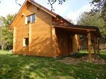Dřevostavby, montované nízkoenergetické domy, dřevěné domy a chaty, rodinné domy na klíč, pergoly, zahradní domky, schody a ostatní stavby ze dřeva